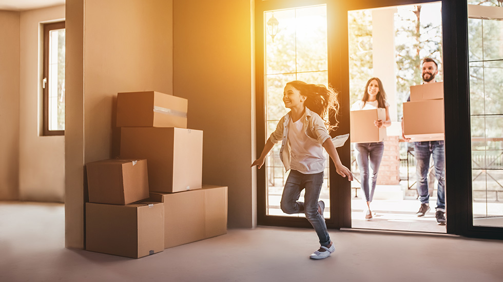 Funcionarios y matrimonios con trabajo estable, los mejores perfiles para negociar una hipoteca