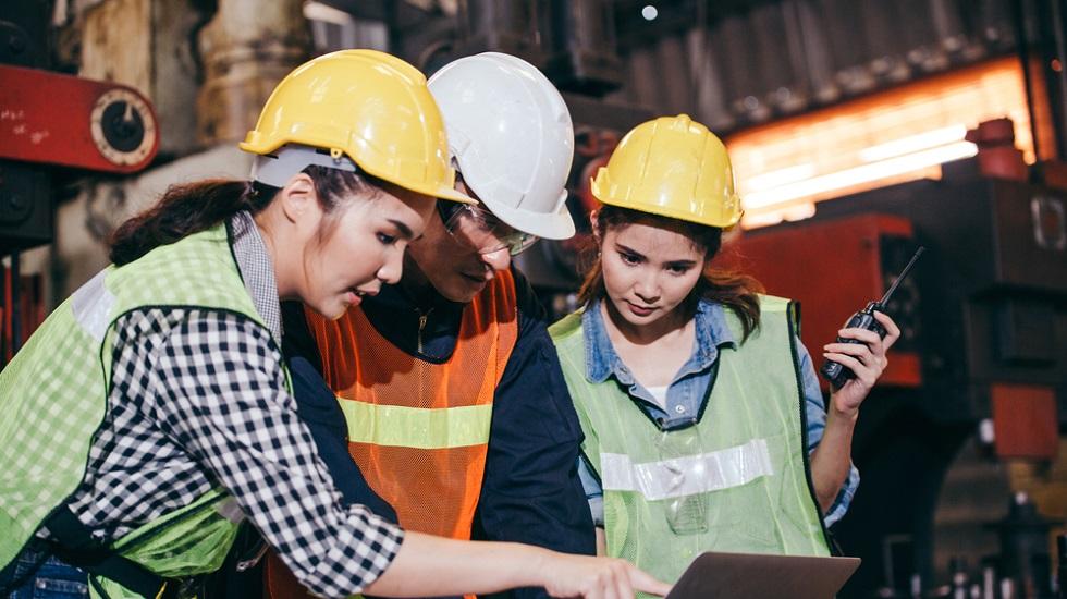 La presencia de mujeres en la construcción cayó un 10,7% en 2020