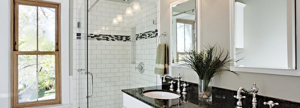 Cuatro pasos para sustituir la bañera de casa por un plato de ducha
