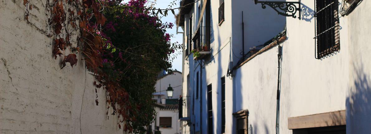 Los 5 barrios más tranquilos y especiales de España para vivir en familia